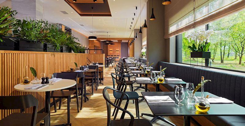 W naszej restauracji i barze znajdziesz niebanalne menu i szeroki wybór piw kraftowych